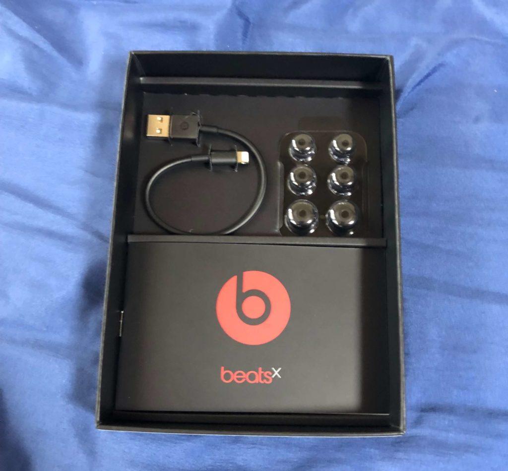 BeatsXの付属品